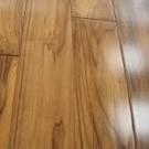 podłogi lakierowane